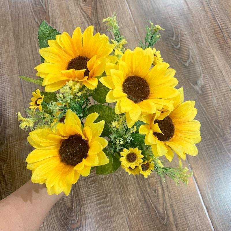 إكليل الزهور الزخرفية مصطنعة عباد الشمس الحرير عالية الجودة رائعة زهرة باقة الزفاف عطلة المنزل محاكاة
