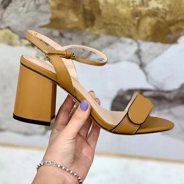 Kadın Tıknaz Topuk Sandal Kadınlar Deri Sandal Yüksek Topuk Orta Topuk 7-11 cm Çift Altın Tonlu 10 Renkli Seksi Ayakkabı