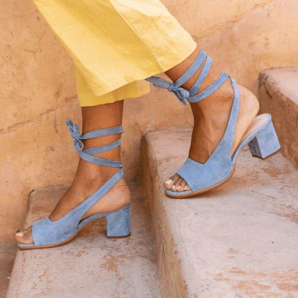 Haute Qualité Femmes Sandales Sandales Strappy Bandage Bandage à lacets Sandales Talon plat Talon plat Sandales Peeep Toe Shoes Plus Taille 210225