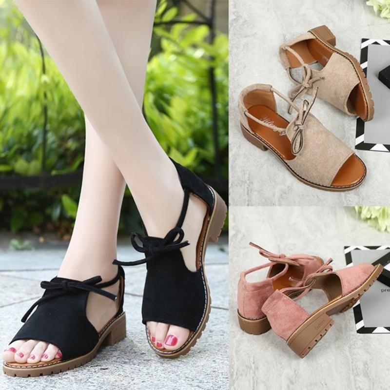 Marque 2021 Nouveau épais avec sandales Femelle Summer Fish Boucle Boucle Chaussures Roman Couleur Sandals pour femmes à faible talon
