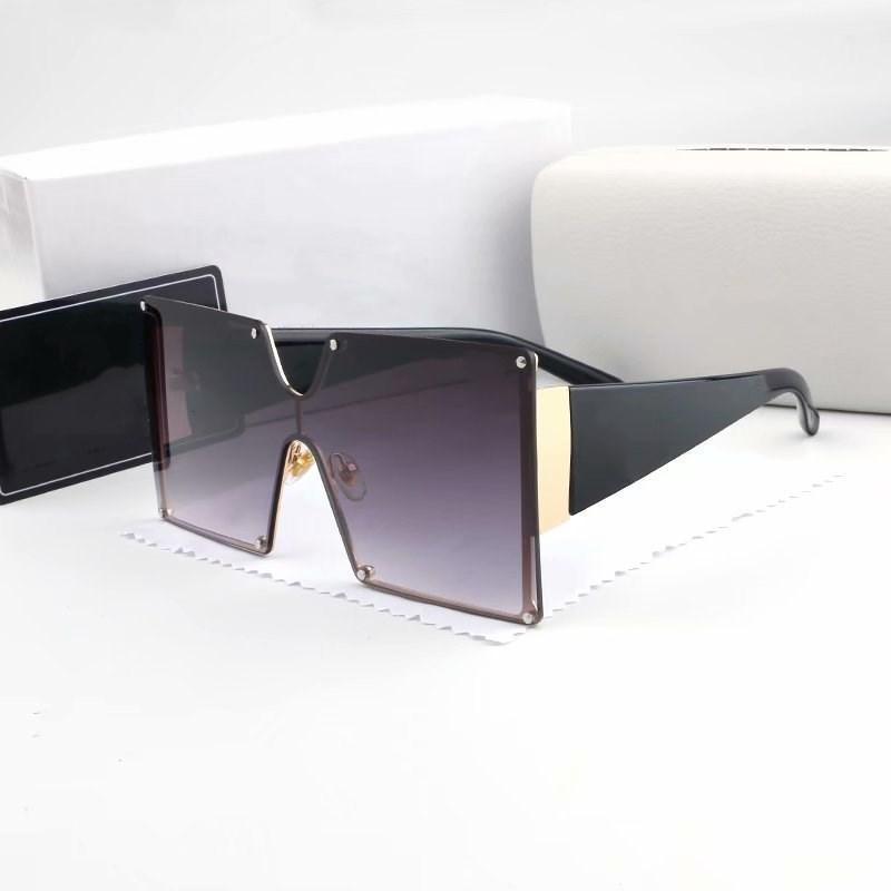 Büyük Çerçeve Vintage Klasik Yeni Moda Tasarımcısı Moda Güneş Gözlüğü Kadın Erkek Çerçeve Yüksek Kalite Güneş Gözlükleri Bayan Yaz Sıcak 5 Renkler 8806