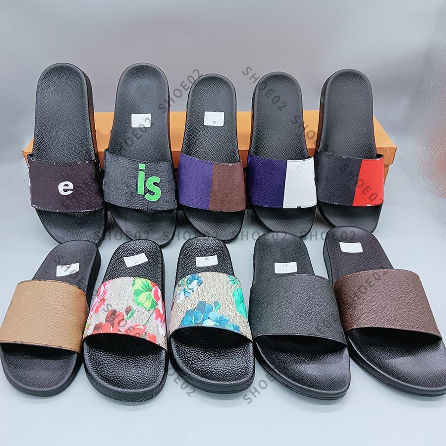 Mujer / Hombre Sandalias Zapatillas Zapatos Slipper Sandalia de alta calidad Zapato Casual Slide Slide EU: 35-45 con caja 01