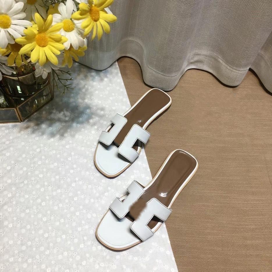 Hermes slippers 2020 Hot New Design  Sandalen Hausschuhe  Luxe Lässige Hausschuhe Flache Strandschuhe Größe 35-42