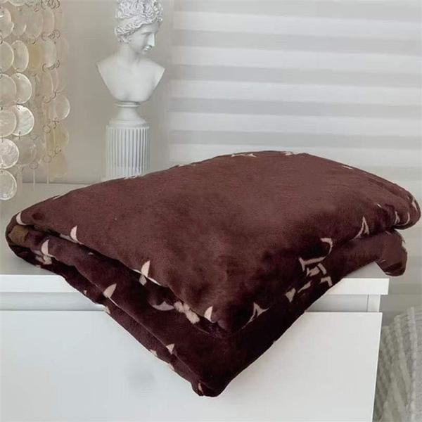 Luxurys Designers Blanket High Quality Travel Home Office Blankets Soft warm Fashion outdoor lovers travel shawl blanket