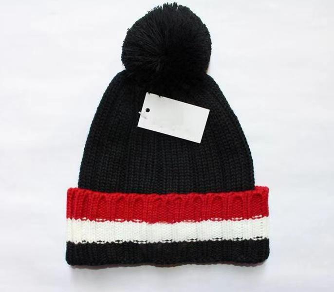 Новая Франция Мода Мужские Дизайнеры Шляпы Капон Зимняя Шапочка Вязаная Шерчатая Шляпа Плюс Бархатная Кепка Черепости Более толстая Маска Шапочки Шапки