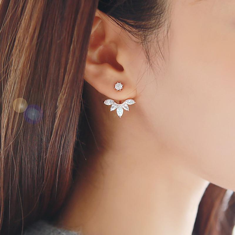 Promotion 925 Pure Sterling Sier Orb Anti-allergic Sweet Flower Crystal Necklace Cz Zirkoon Stud Orrbellen Elegant Women