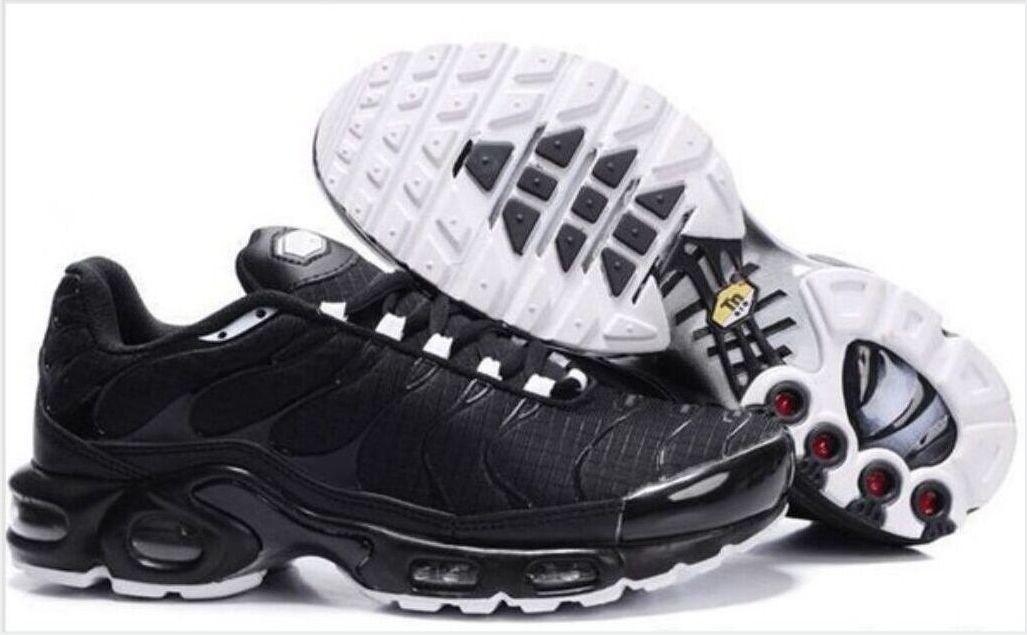 Venta caliente Classic 2021 TN MENS Botas de tobillo Nuevo Negro Blanco Rojo TN Plus Zapatos Ultra Deportes Barato TN Requin Moda Zapatillas informales