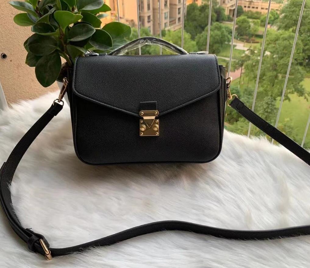 2021 Luxurys-Bags Bolsos Monederos Alta Calidad Diseñadores de cuero Femenino Pochette Moda Hombro Metis NTCET MGJIL
