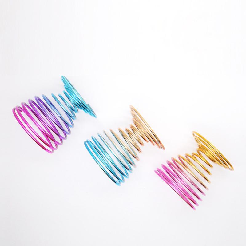 التدرج اللون المعادن ماكياج نفخة حامل رف الجمال الإسفنج تجفيف الوقوف التجميل نفث تخزين أداة ZZE5173