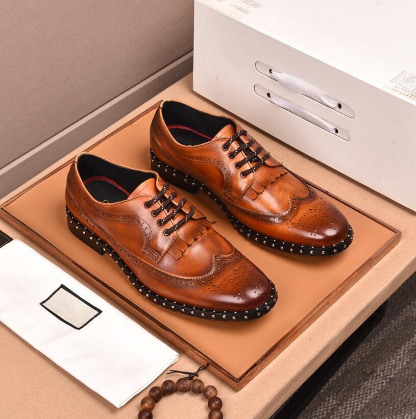 Fashion cow leather mens designer dress shoes new vintage print nail business shoes men party wedding shoes male