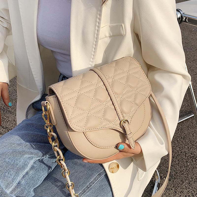 Cadena de celosía Nuevo bolso Hombro de alta calidad Diseñador de moda Cuero de las mujeres 2021 PU Messenger Bag KRRVD