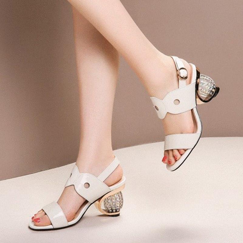 Yaz Kadın Sandalet Rhinestone Topuklu Elbise Ayakkabı Patent Deri Yüksek Topuklu Kristal Düğün Ayakkabı Mujer 8107n