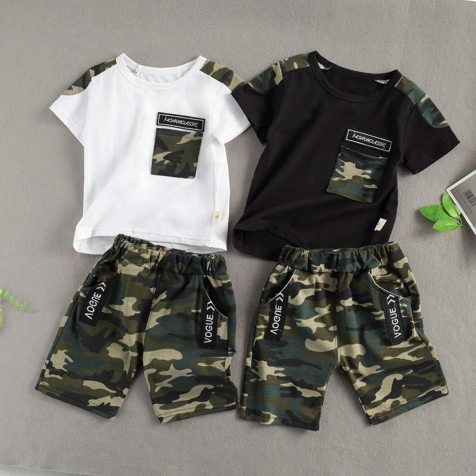 Conjunto de impresión de camuflaje infantil para niños, tapa de la tripulación de manga corta con bolsillo y pantalones cortos 2 pcs traje verano C0223