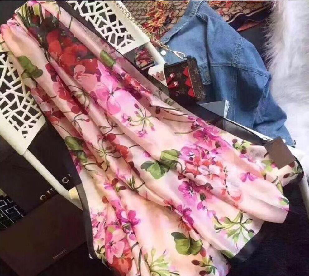 Sciarpa di seta di marca Pashmina per le donne 2019 Estate Brand Floral Flora floreale Sciarpe lunghe Sciarpe Avvolgere 180x90 cm Scialli S227