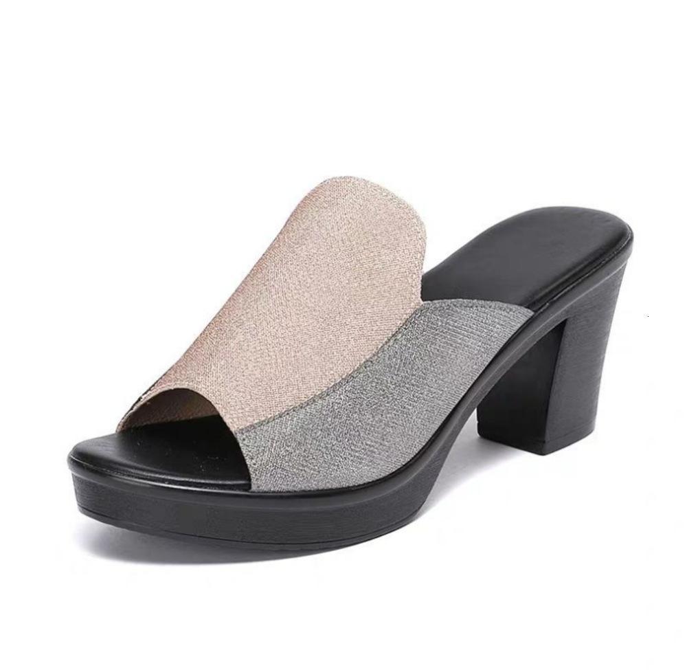 Büyük Boy Yaz Moda Yeni kadın Sandalet Kalın Yüksek Topuk Su Geçirmez Platformu Parlak Boncuk 100 Boş Zaman