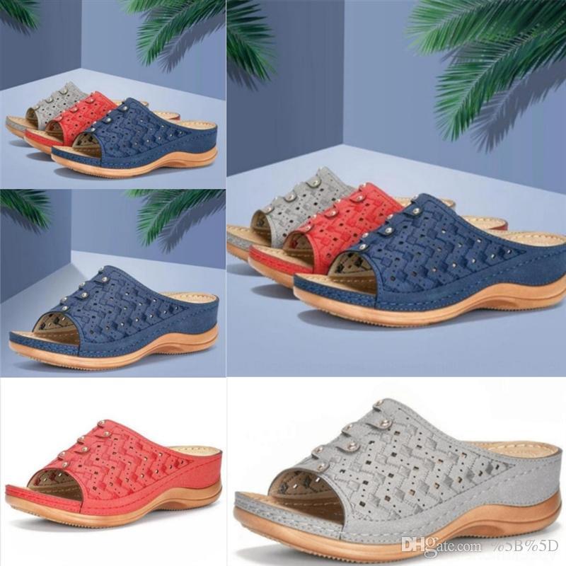 1UK e Fashion Designer Design comodo sandali Pantofole di alta qualità Pantofole di alta qualità Transizione singola Pantofole da svago e velluto di alta qualità