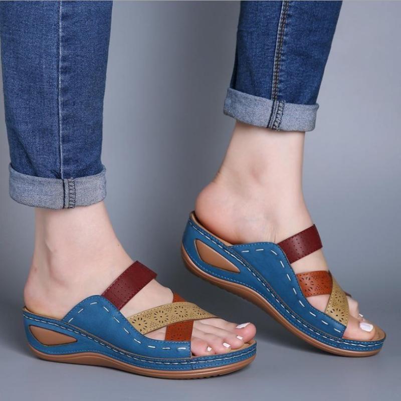 Terlik Yaz Kadın Gladyatör Çiçek Ayakkabı Takozlar Platformu Çevirme Plaj Katırları Bayanlar Slaytlar Parti Sandalet Zapatos De Mujer