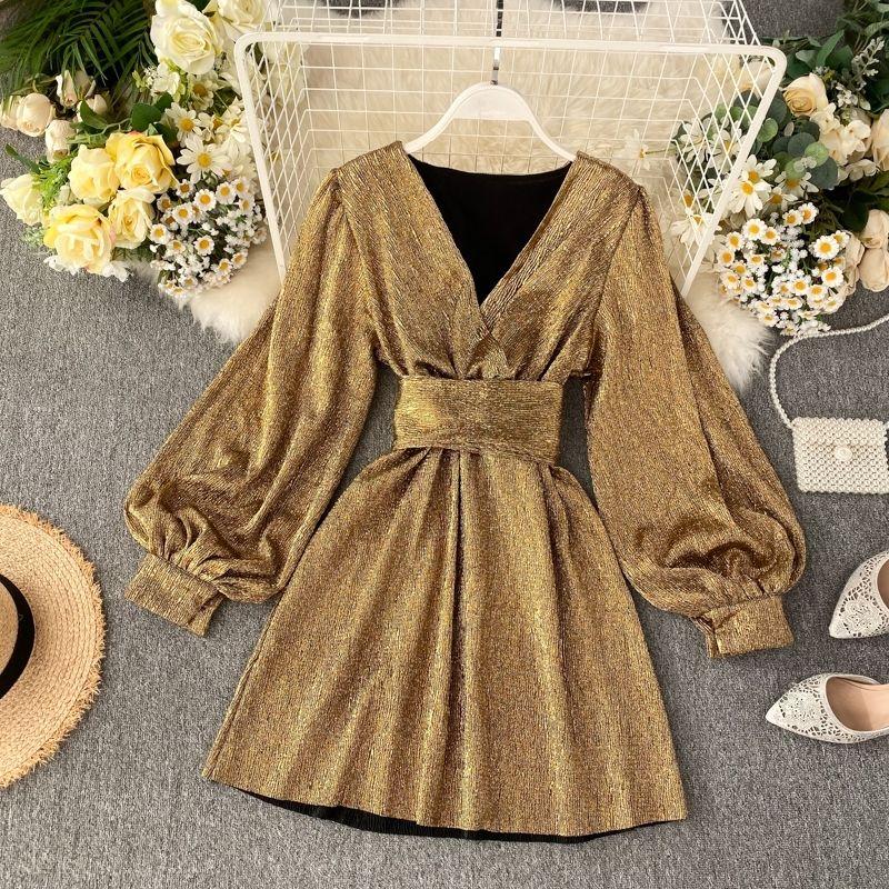 İlkbahar Sonbahar kadın Parlak Renk Elbise V Yaka Fener Kollu Altın Parlak Ipek Dantel Retro Elbise Kadın Seksi Parti Elbise GD205 210303