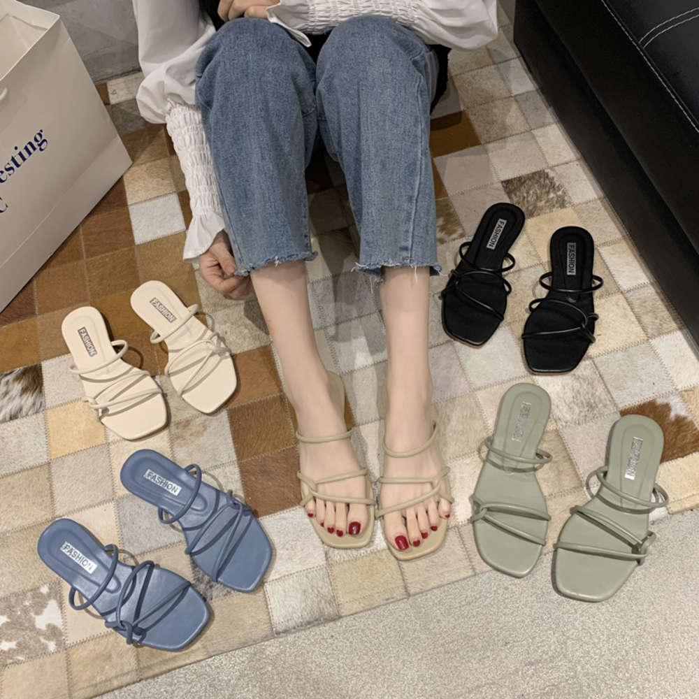 2020 yaz yeni Kore moda kadınlar için bir satır sandalet