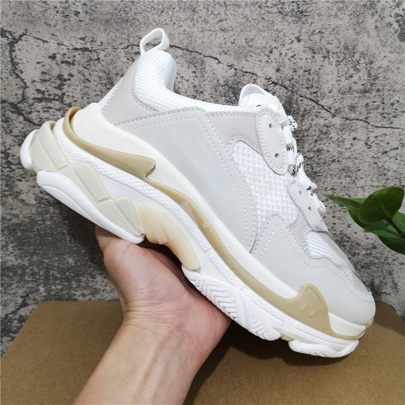 Top Quality Hommes Femmes Casual Chaussure Casual Blanc Black Rose Triple S Rêne Vieille Sneaker Combinaison Semelles Bottes Bottes Mens Femmes Chaussures Sports Chaussures