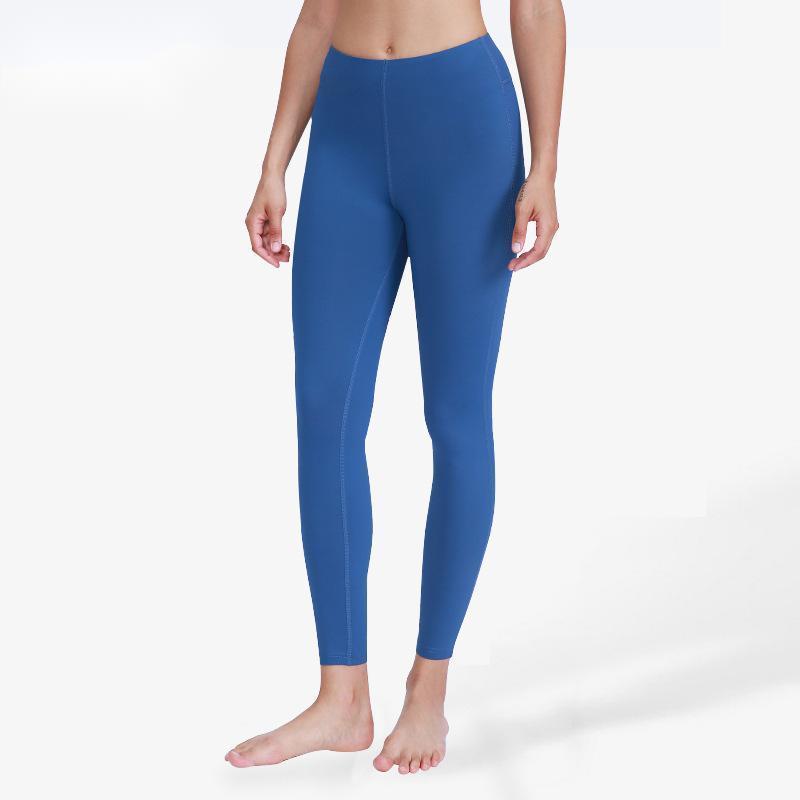Yoga Outfits Cross Border Europäische und amerikanische Nackte Hosen Elastische enge Capris Schnell trocknend Freizeit Sport Pure Color Fitness