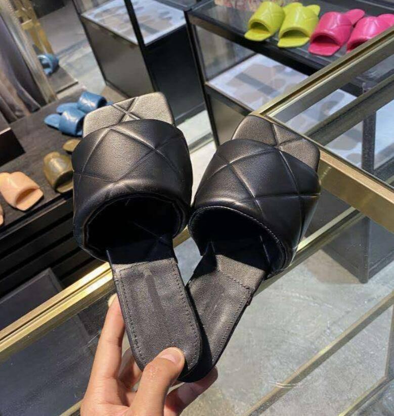 Sıcak Satış-2020 Kadın Sandalet Yastıklı Sandalet Açık Terlik Ziyafet Ayakkabı Yaz Deri Terlik Çok Renkli Düz Yüksek Topuk Boyutu 35-42 A2
