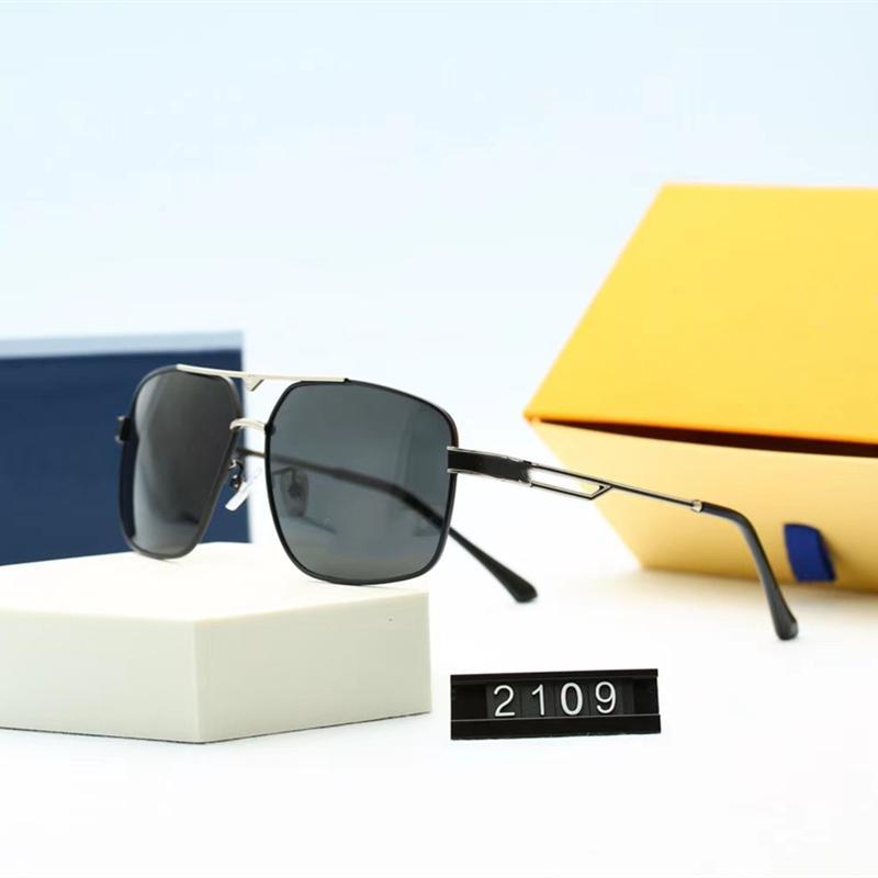 Beş Renk Moda Rahat Tasarımcı Erkekler Pilot Güneş Gözlüğü Lüks Yüksek Kalite HD Polarize Lensler Kare Sürüş Gözlükleri Ile Paket 2109