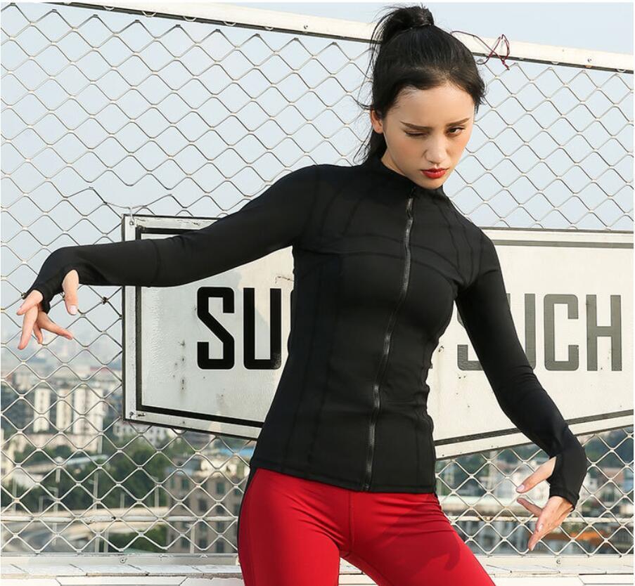 2021 Top Sport Top Donna Autunno Inverno Training Training Running Manica Lunga Stand Collar Giacca Cardigan Zipper Giacca sottile Yoga Allenamento Abbigliamento