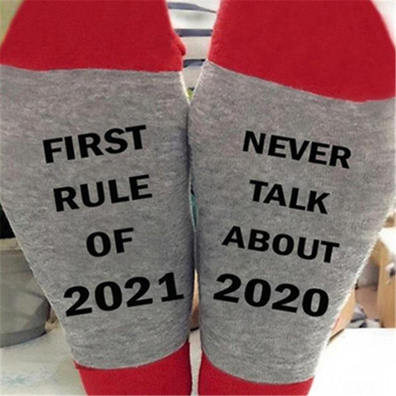 Mens English Letters Printing Socks Fashion Trend Sports Stretch Middle Tube Socks Spring Male Personality Mid Length Running England Socks