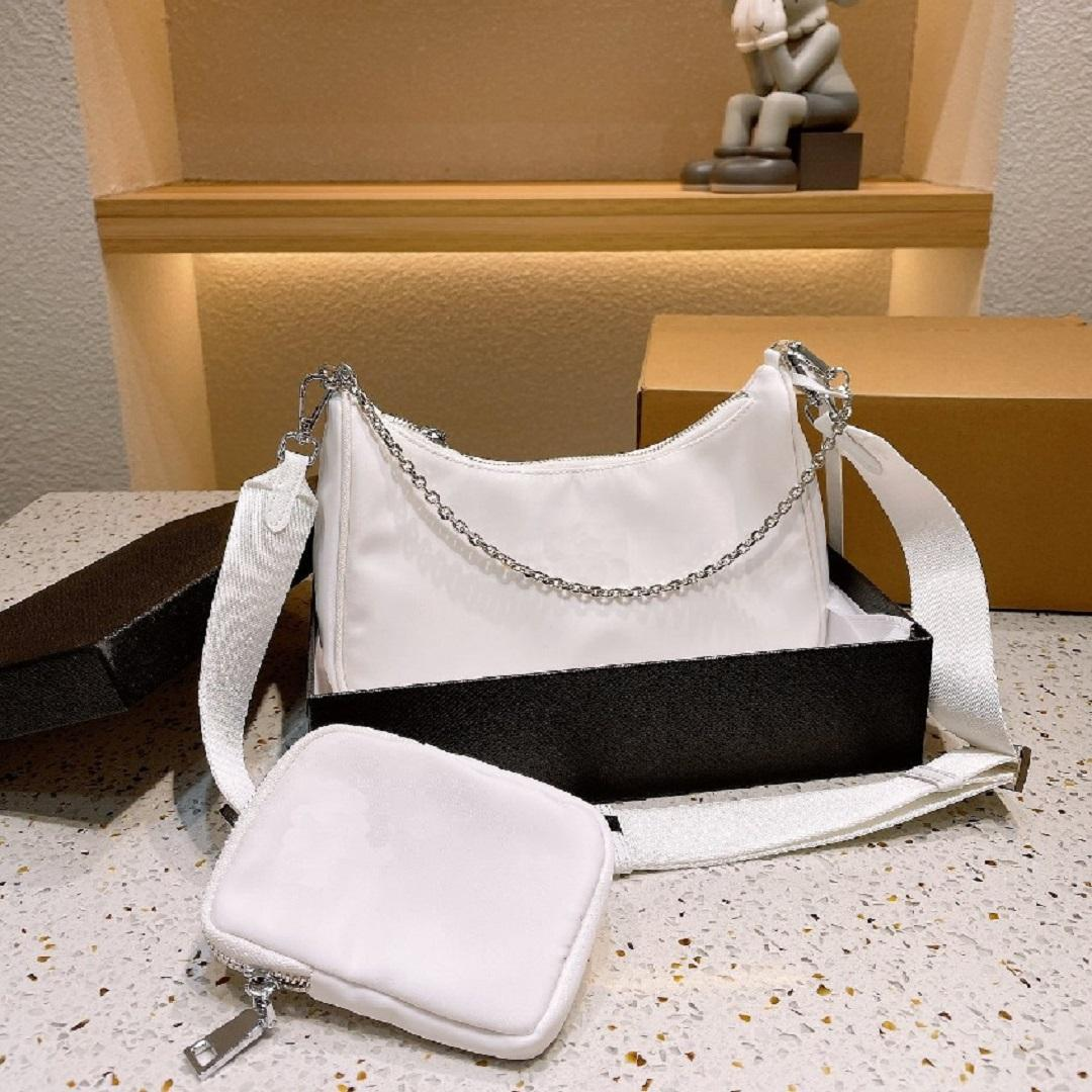 21ss حقائب فاخرة المرأة النايلون الصليب الجسم مصمم حقيبة يد الأزياء مع المقلوب مثلث سيدة straddle حقيبة الكتف جودة عالية محفظة 9 ألوان