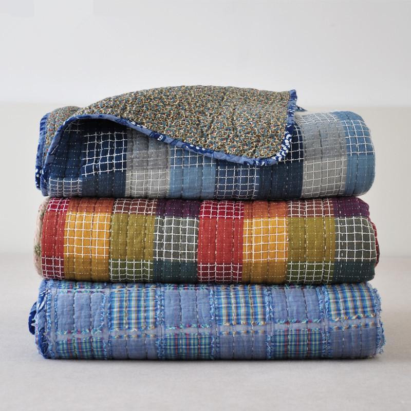 100% Baumwolle Herbst Patchwork Quilts 180 * 200 cm BettSpread Sofa Cover Amerikanische Stildecken Maschine Waschbare blaue Sommerküche Sets