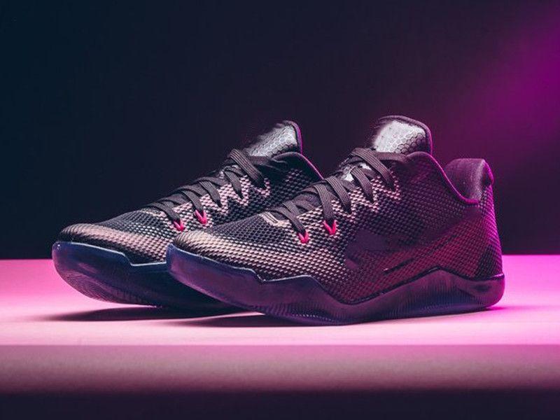 Mamba 11 المنخفضة الخفيفة عباءة الرجال أحذية كرة السلة الأسود الذئب رمادي وردي انفجار رياضة حذاء مع صندوق