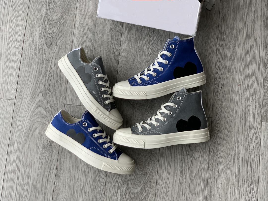 2021 أحدث CDG لعب X 1970s قماش أحذية رياضية الكلاسيكية الحرم الكلاسيكي جوكر الأحذية اسم الطابعات المشتركة 1970 عيون كبيرة عارضة رمادي الأزرق التدريب أحذية رياضية المطاط