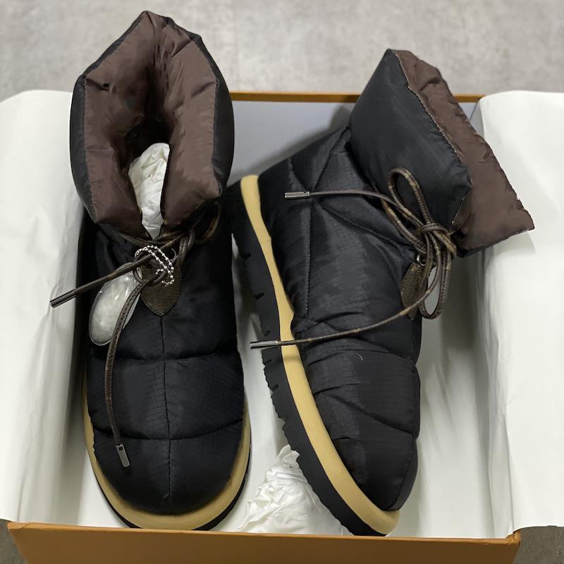 Дизайнерская подушка с плоским ботинками для женщин Платформа Boots Boots Высокое Качество Теплый печать Falts Eiderdown на шнуровке снега ботинок с коробкой 265