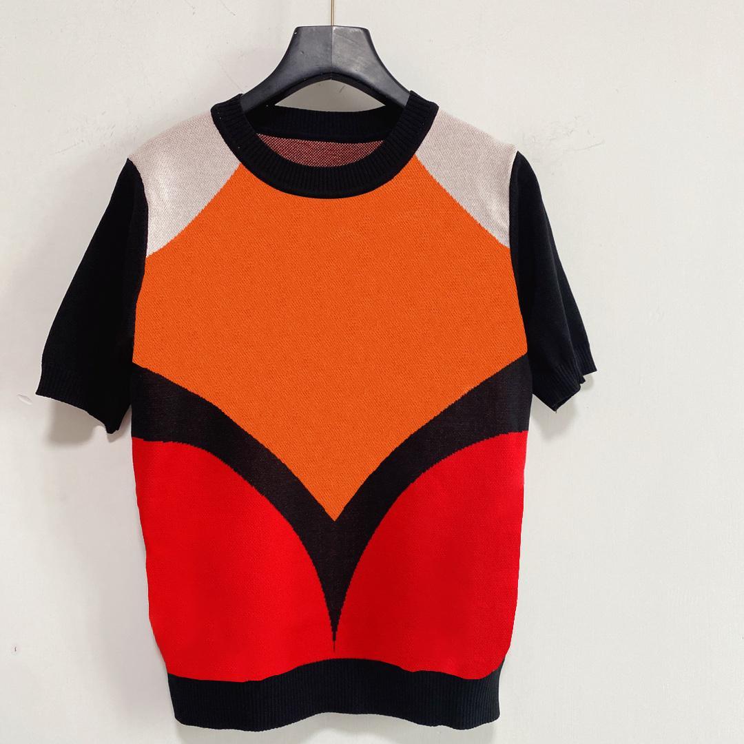 Kints Camisetas de moda Tops de moda Tapas de contraste Tshirt para mujer Letra de costura Floral Ropa de impresión Punto de manga corta Verano 2021