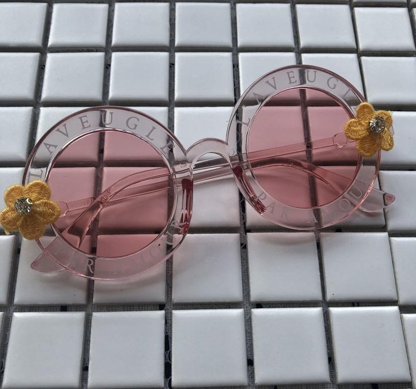 Güneş Gözlüğü Zaolihu Elmas Çiçek Kadın Küçük Yuvarlak Gözlük Yaz Plaj Güneş Gözlükleri UV400 Vintage Mektup Gözlük Gafas de Sol
