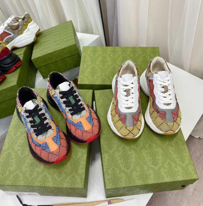 Designers Sapatos Luxo Multicolor Rhyton Mulheres Homens Sneakers Treinadores Vintage Chaussures Senhoras Sapato Casual Designer Sneaker Qualidade superior com caixa tamanho 35-46