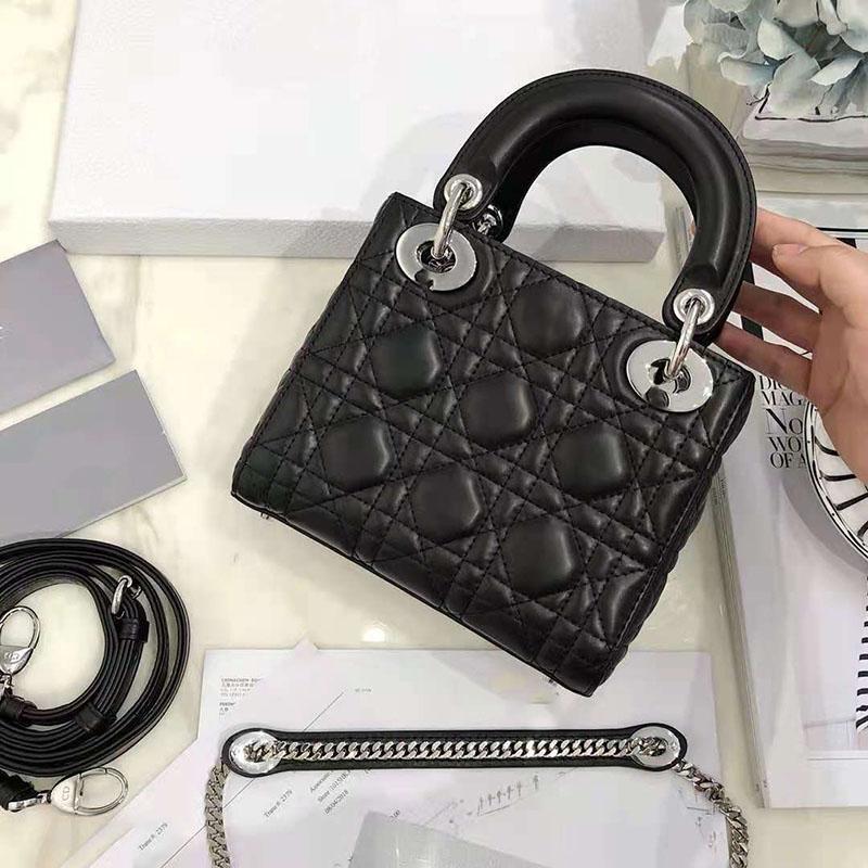أعلى مبيعا نمط داي فاي حقيبة الإناث 2020 جديد المد الخريف والشتاء الأزياء مهرج الفولونج مزاجه حقيبة crossbody العقيد الأسود