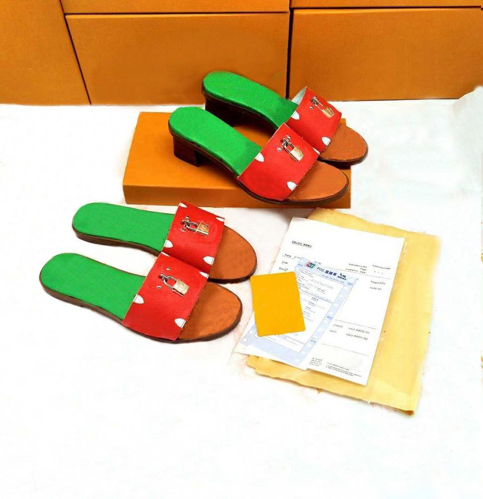 mujer cerradura zapatilla espectáculo estilo moda señora sandalias playa grueso fondo venta bien zapatillas plataforma alfabeto goma goma tacón alto toboganes