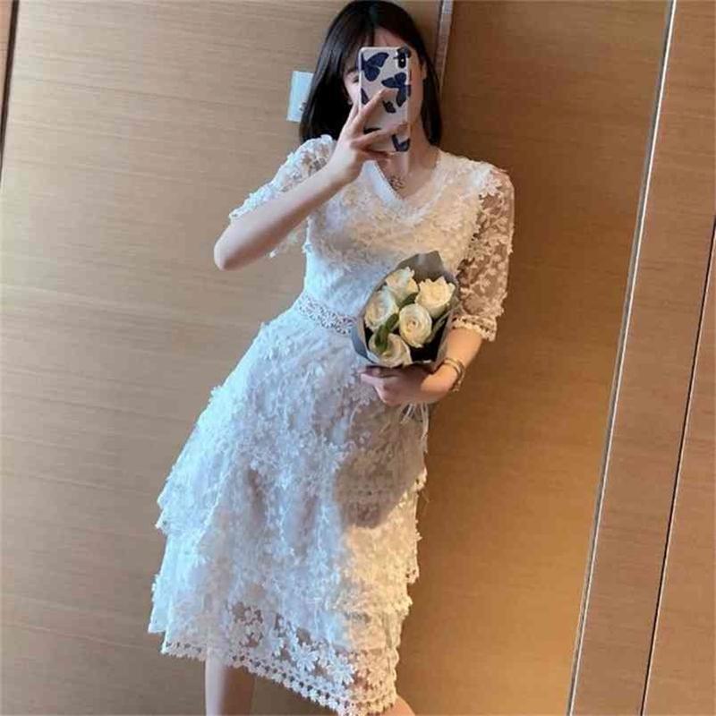 Designer della pista di alta qualità Estate La moda femminile Sexy Sexy Party Casual Party Gentlewoman Elegante Chic Maglia Ricamato Midi Dress 210603