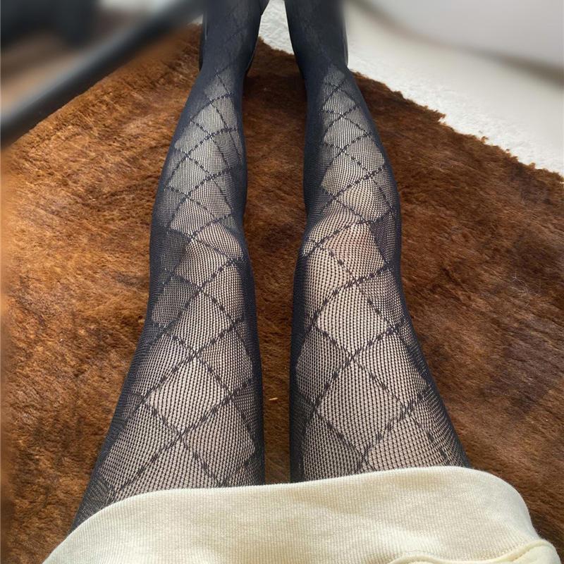 뜨거운 판매 여성 검은 긴 스타킹 전체 자카드 편지 여자 스타킹 양말 섹시한 숙녀 나이트 클럽 파티 스타킹