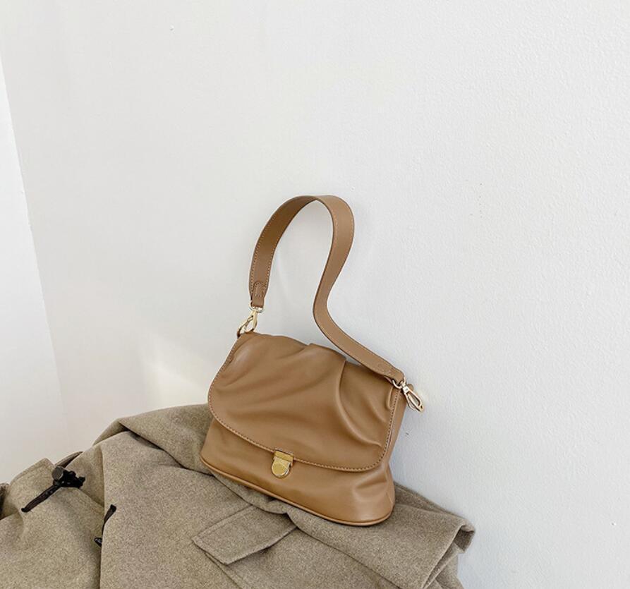 D51 Women Luxurys Designers Crossbody Bags Leather Bags Women Handbags Wallet Shoulder Bags Shopping Tote Pruse Tassel Handbag