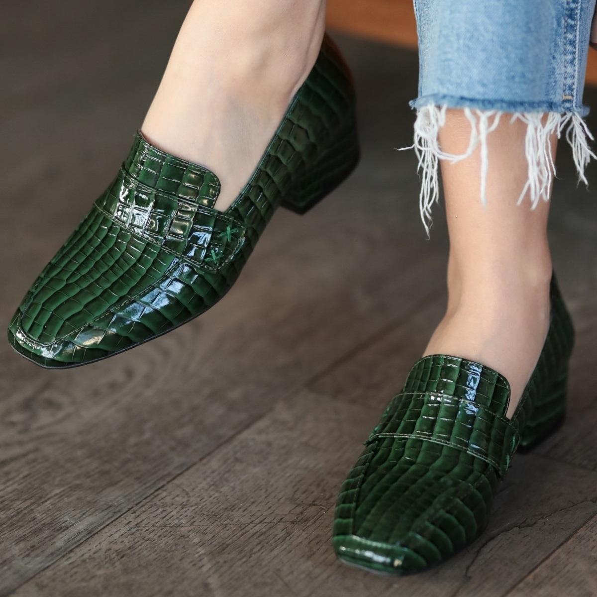 Mio Gusto Maddy Yeşil Yüksek kaliteli timsah, kadınların alçak-topuklarında üç modelinde modellenmiş 2021-kadın tasarımcı ayakkabı, bayanlar düz 0eha