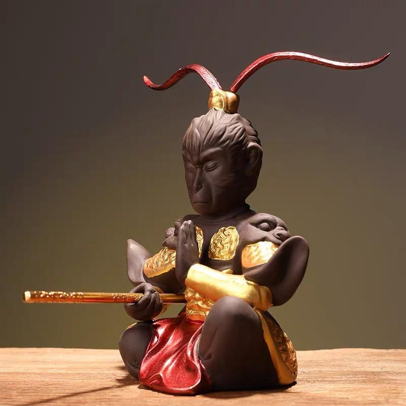 Yaratıcı Mor Kil Maymun Kral Çay Pet Sevimli Kung Fu Hayvan Heykelcik El Sanatları Çay Seti Aksesuarları Ofis Masaüstü Süsleme
