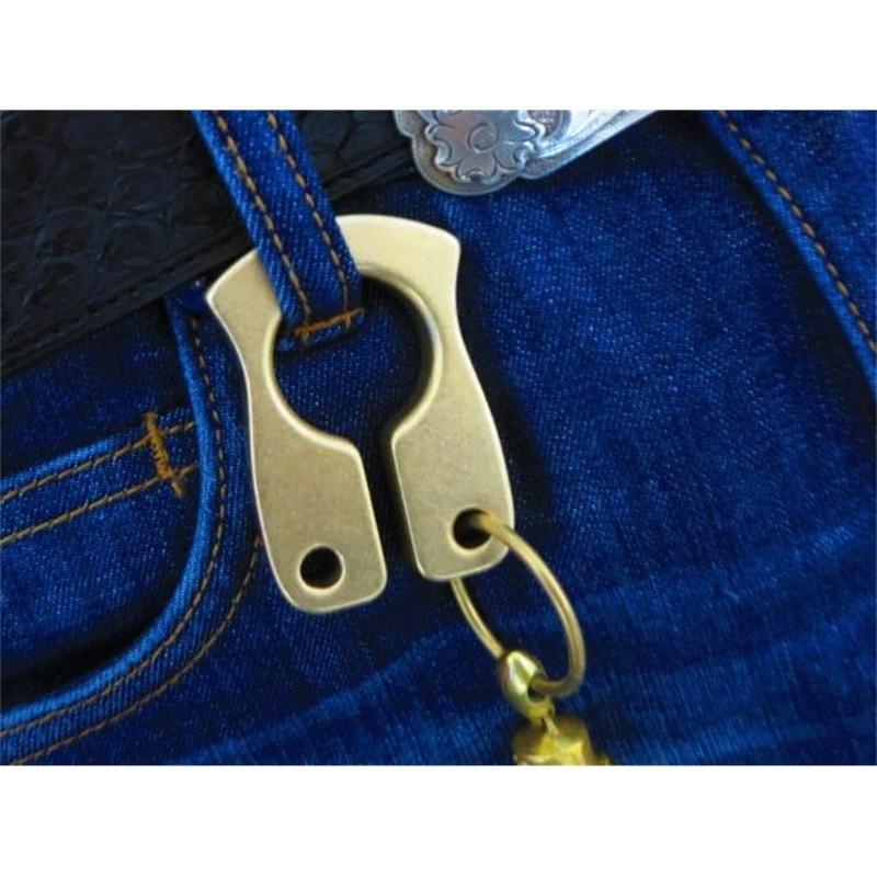Bom nova marca de latão de cobre keychain knuckles knuckles equipamentos de luta motociclista potência ao ar livre selfdefense fornece pingente de cobre EDC