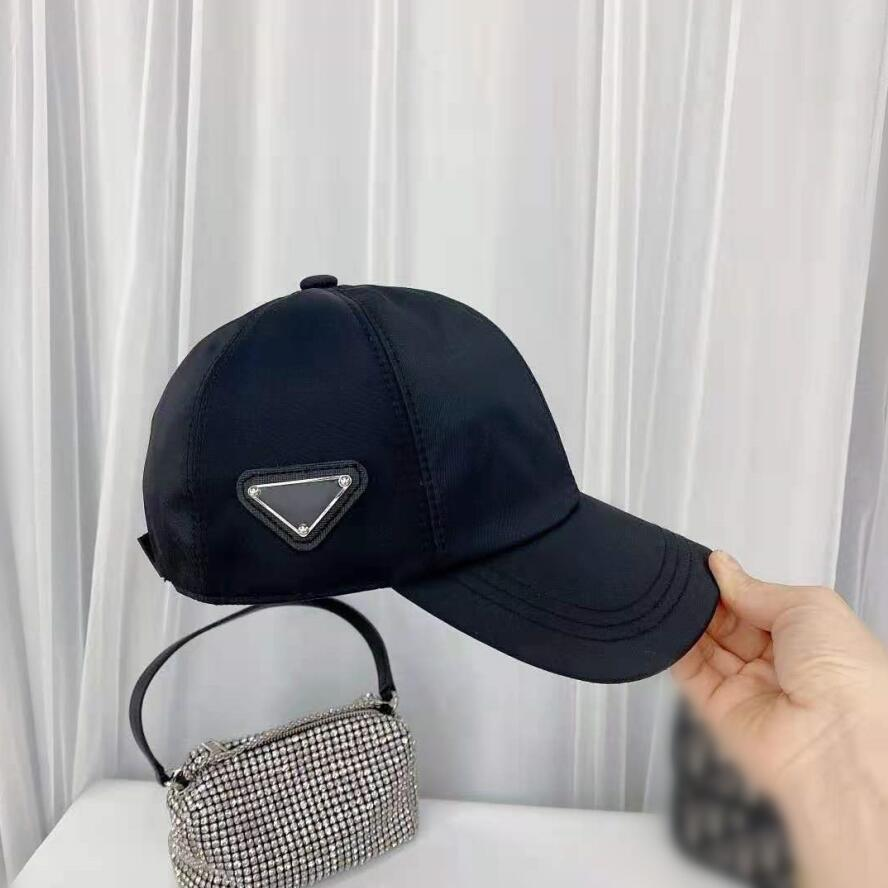 2021 الرجال النساء الفاخرة قماش قبعات القبعات البيسبول جديد الرياضة الكلاسيكية مثلث إلكتروني قبعة 4 الموسم قبعة