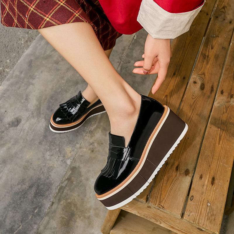 Bayan hakiki deri kalın taban platformu flats loafer'lar eğlence yumuşak rahat rahat sneakers punk brogues ayakkabı kadınlar için