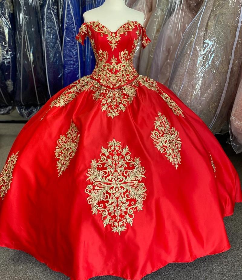 Modest Gold Embroidery Red 2021 Off the shoulder Cheap Quinceanera Prom Formal Dress Ball Gown Satin with Sleeves Plus size Vestidos 15 Anos
