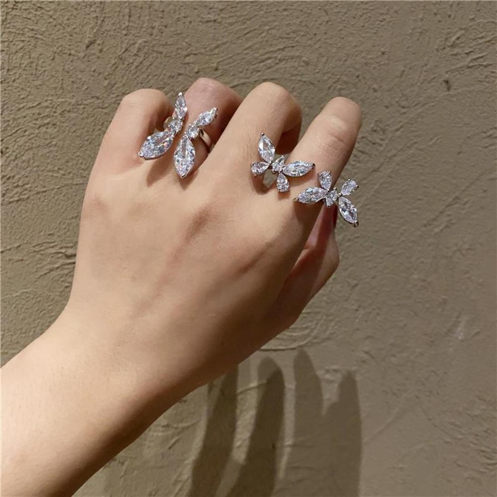 Light Luxury Romantico Doppia farfalla Apertura trasparente Anello femminile Primavera e Estate Indice fresco Dito esagerato Micro Set Zircon