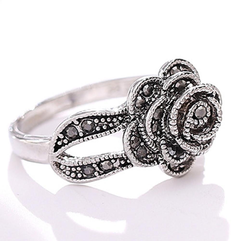 Femmes Vintage Rose Flower Design Doigt Bague Noir Strass Inlaid Bijoux Bijoux Bijoux Engagement De Mariage Bagues brillantes